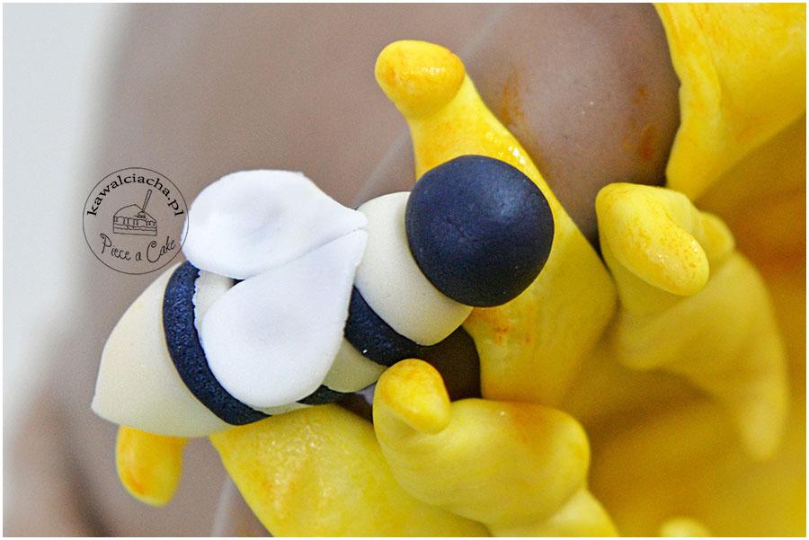 Pszczółki z lukru plastycznego