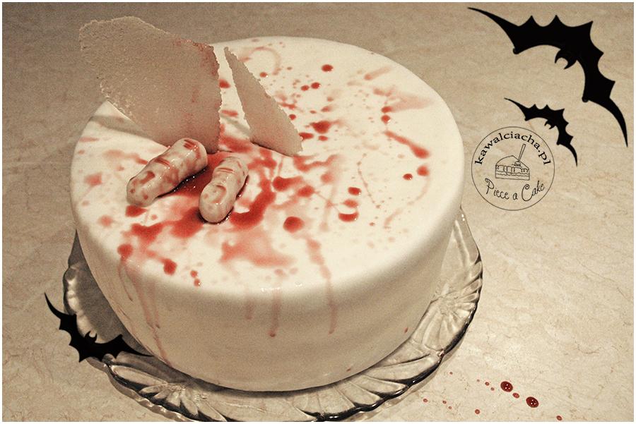 tort na Halloween 2017 krwawe palce