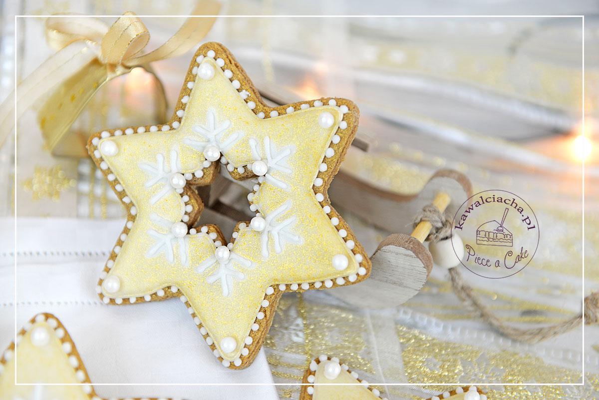 Święta Bożego Narodzenia w bieli i złocie