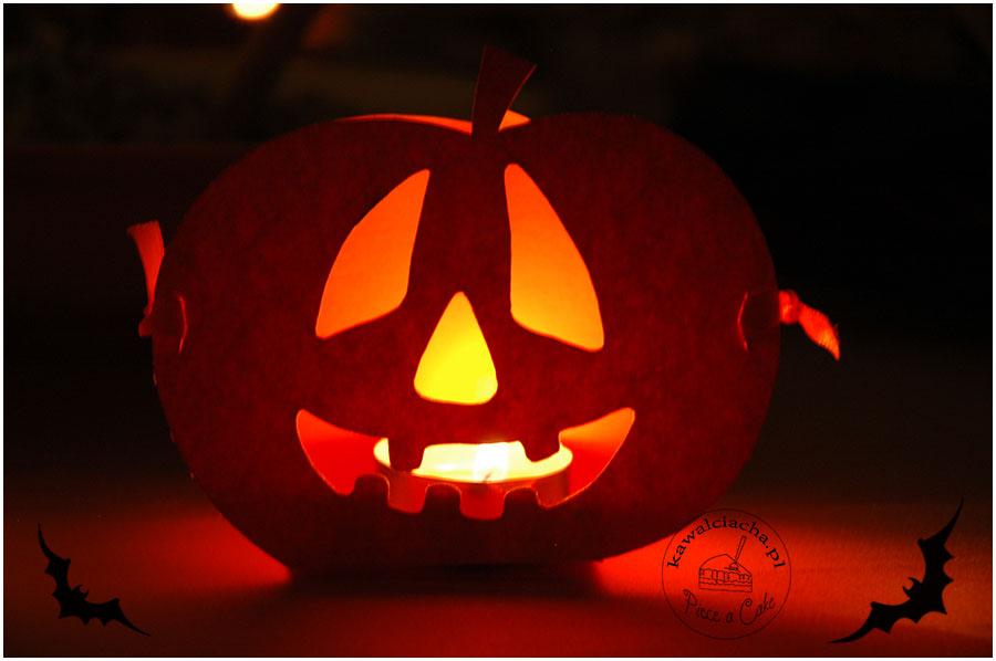 halloweenowe lampiony