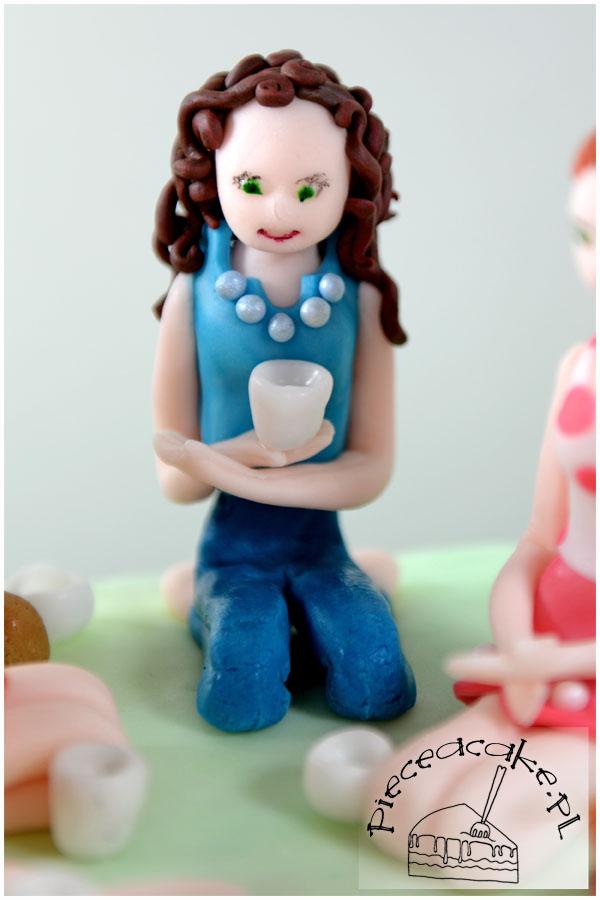 Tort Piknik - figurki kobiet