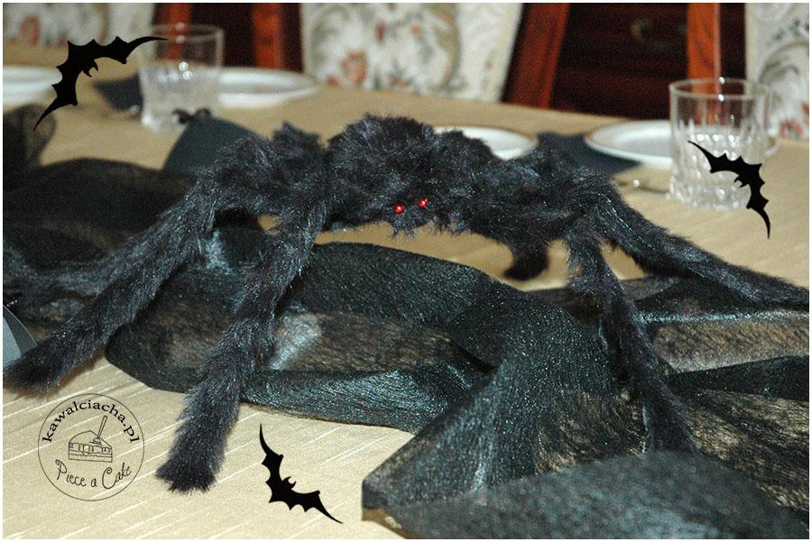 halloweenowe dekoracje stołu