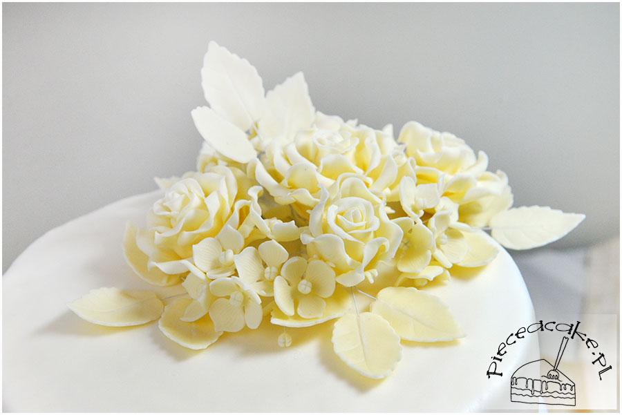 bukiet kwiatów z lukru plastycznego
