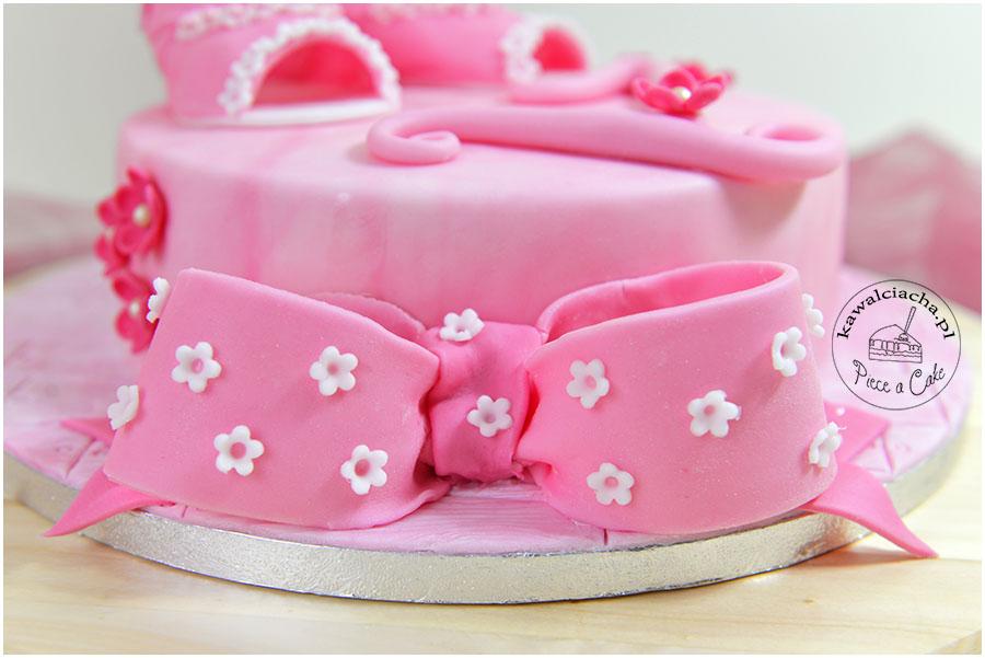 tort urodzinowy dla dziewczynki - kokarda