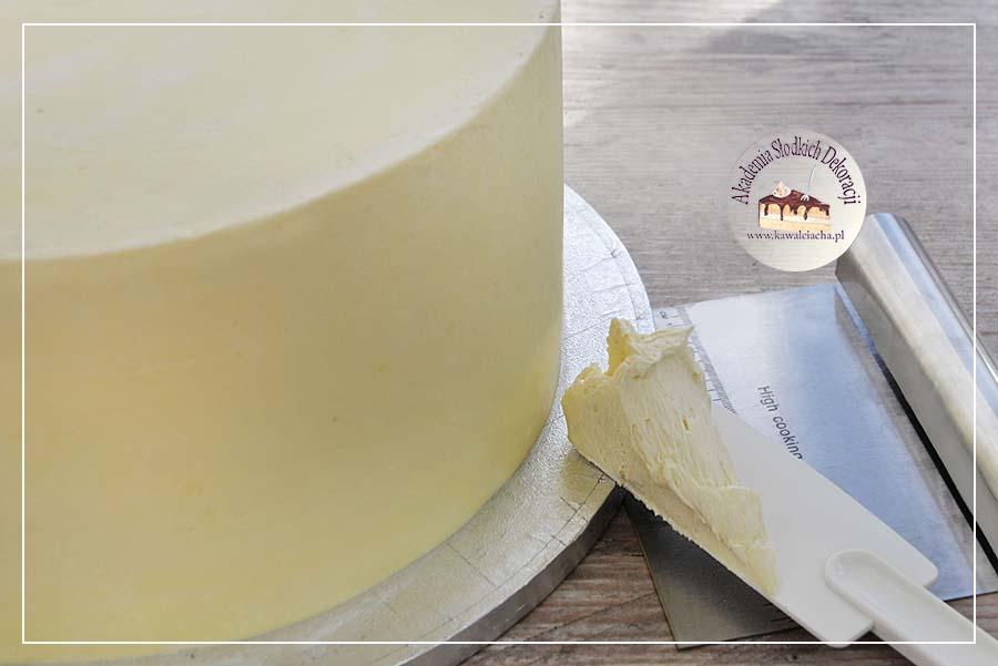Tynk ganache z białej czekolady z masłem