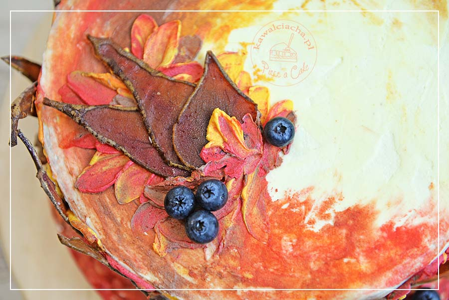 Obrazek: Jesienny tort w kremie w kolorach jesieni