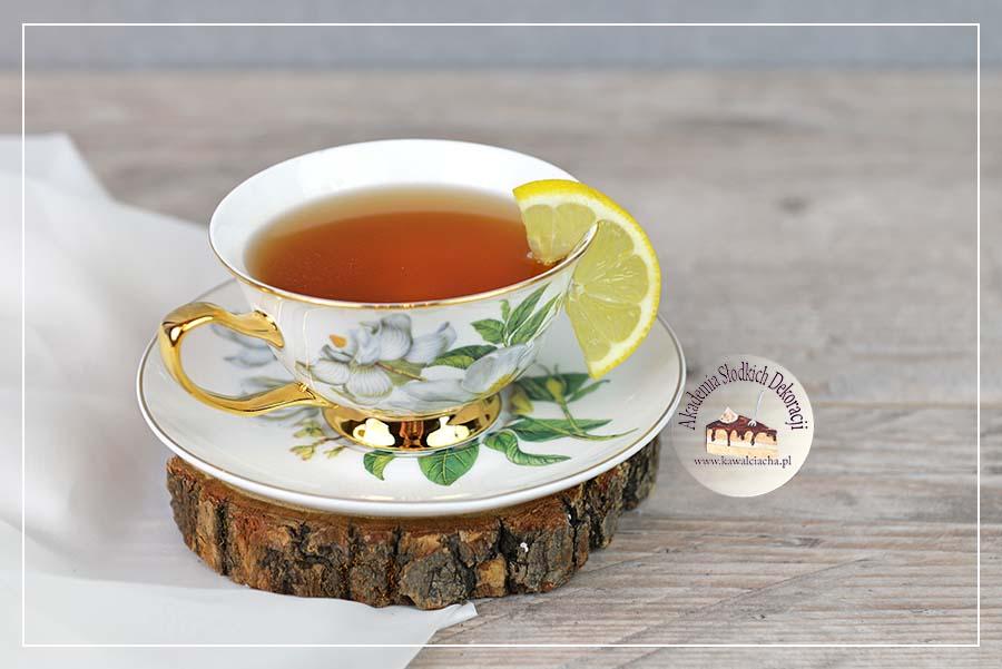 Obrazek: Nasączenie biszkoptu herbatą