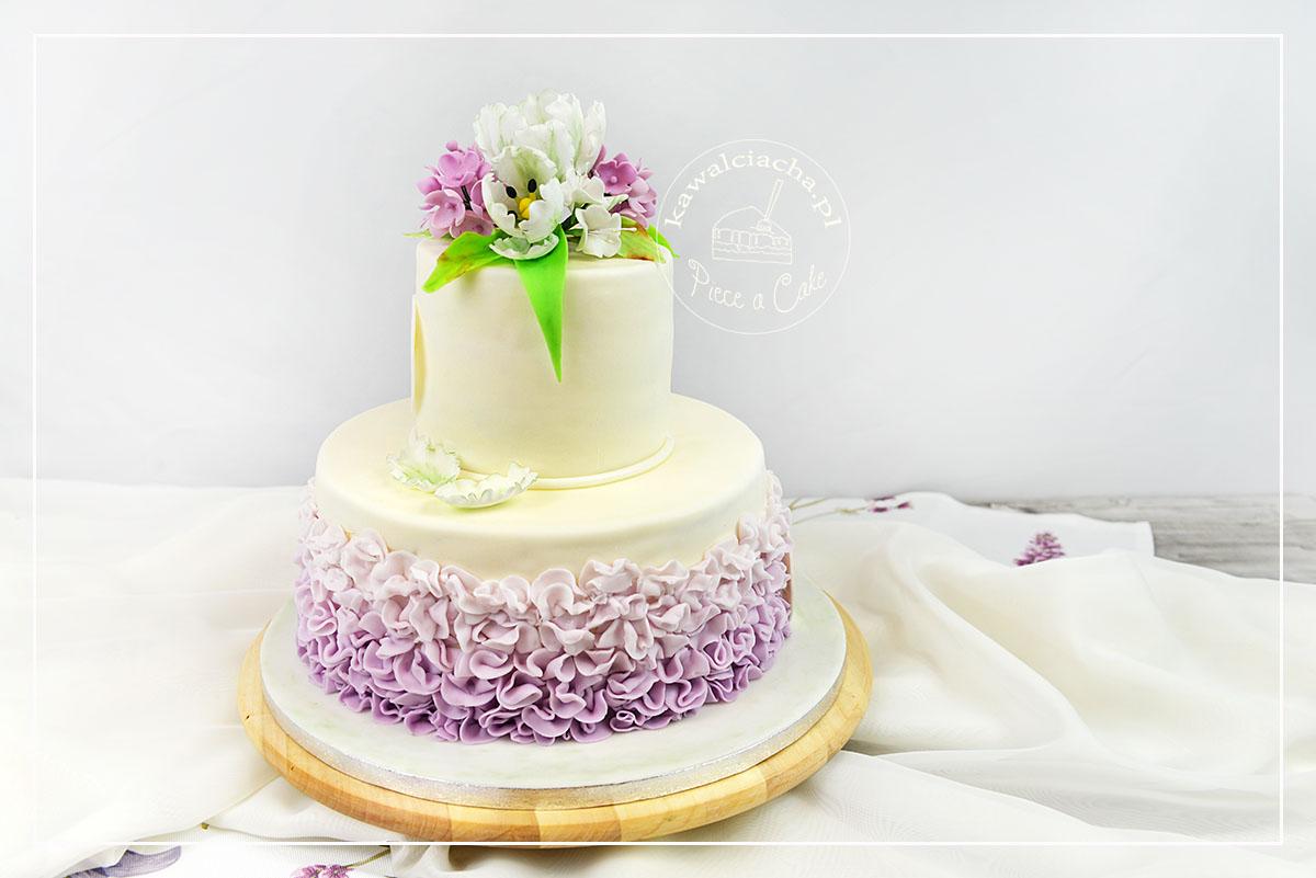 Obrazek: Piętrowy tort komunijny